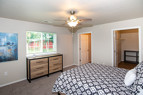 bedroom at dunham grove